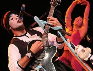 o_teatro_magico_show_sp_lancamento_cd_recorde_downloads_fotoblogmaisacao2006